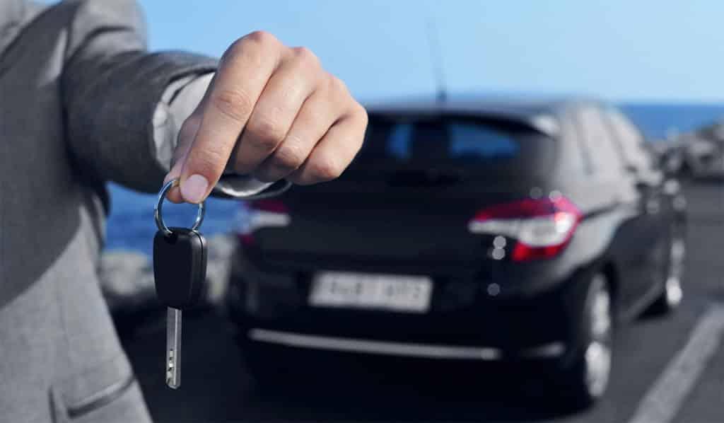 Ainda vale a pena alugar carro para Uber e 99?