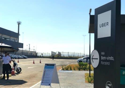 Estacionamento para Ubers