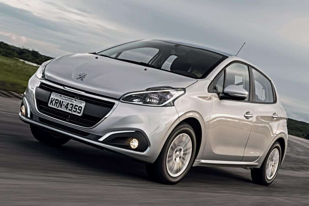 Peugeout 208